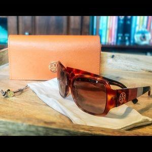 Tory Burch Sunglasses 🕶 Style TY7004